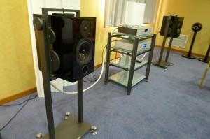 soporte de altavoz suspendido Artesania Audio